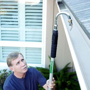 Gutter Cleaning Hose Tool